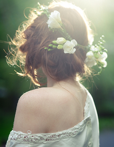 alone-beautiful-fashion-flowers-forest-Favim.com-354455