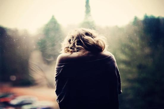 lonely-sad-girl-alone-photography-images