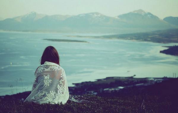 alone-lonely-girl-beautiful-sad-waiting-seaside