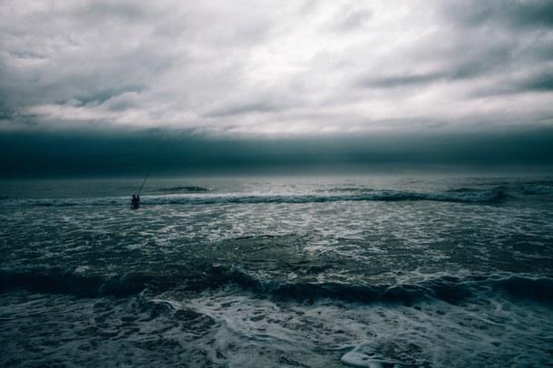 background-blue-clouds-dark-Favim.com-3312861