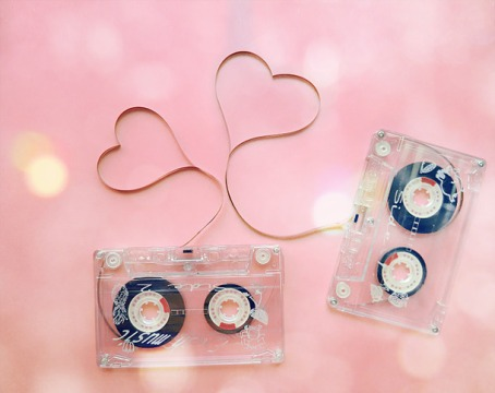 Favim.com-cassette-cute-heart-love-music-nostalgia-60713