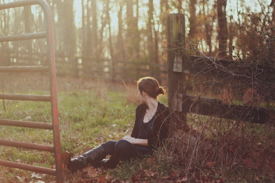 forest-girl-photography-pretty-sunset-Favim.com-450462