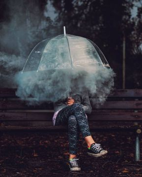 b0aa0efb3d3c229ef4adf21062795a21--umbrella-photography-smoke-photography